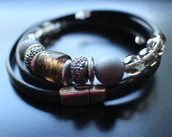 Bracelet Set, Grey Agate Druzy, Glass Beads, Memory Wire Bracelet, Leather and Magnet Wrap Bracelet, Easy Fit Bracelets, Gray Bracelet