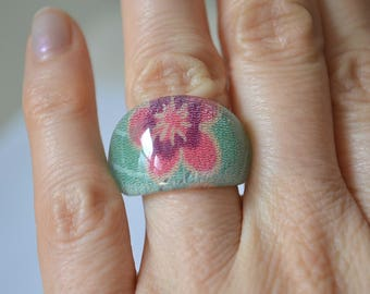 Acrylic Ring, Floral Ring, Fabric Ring, Vintage Acrylic Ring, Chunky Ring, Retro Ring, Kimono Ring, Japanese Ring