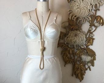 Fall sale 1950s bra vintage bra Youthcraft bra Charmfit bra 1940s bra unique bra 32 c ivory bra padded bra vintage lingerie pin up bra