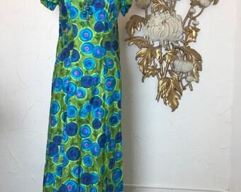 1960s dress hawaiian dress maxi dress 60s dress tiki dress size medium Vintage dress watteau dress
