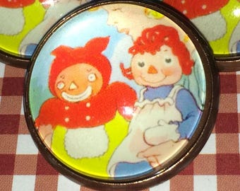 """Crystal Glass Dome Button Beloved Belindy Raggedy Ann Marcella 1""""  Raggedy Ann & Andy"""