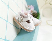 Mini White Leather T-Strap Shoes For Azone Pure Neemo M Size And Pukifee Neo Blythe Doll Hand Made By MizuSGarden