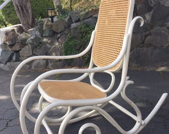 Vintage bentwood Thonet rocking chair