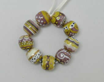 25% off - Pistaches et violettes - Lampwork beads by Loupiac