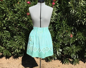 Vintage Green Gingham Embroidered Half Apron Retro Kitchen 60s Rockabilly