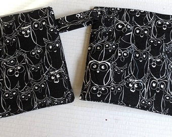 Packed abstract Owls thick insulated large pot holders /trivets very day kitchen quilted goods double insul brite black white  ---great gift