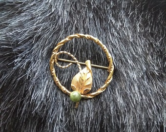 Vintage 12K Gold Filled Leaf and Circle Pin With Adventurine Stone Hallmarked A&Z Carl Anshen and Saul Zietlin