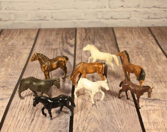 Set of Vintage Miniature Horses - Instant Collection of 8 - Made in England & Singapore - Hard Plastic