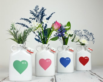 Personalised Ceramic Vase Flask With Heart - Gift for Mum - Gift for Her - Homeware Gift - Mum Gift - Personalized gift