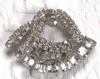 Rhinestone Pin . retro rhinestone brooch . large rhinestone brooch . huge bling brooch . crown pin