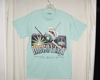 Vintage 90s Discovery Nasa Kennedy Space Center L TShirt As Is