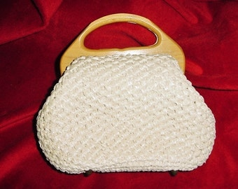 Vintage 60s White Crocheted Straw Beaded Purse Wooden Handle