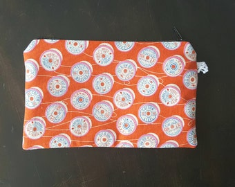 Small Zipper Pouch in Cotton and Steel Print