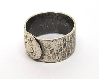 Beaten & Riveted ! Hammered Chunky Ring Oxidized Ring Riveted Ring Dark Side Hand Forged Ring Textured Ring Wide Ring Wide Hammered Ring