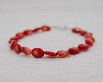 Faceted coral bracelet