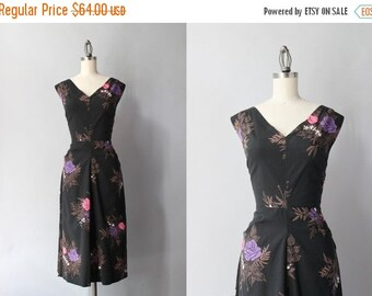STOREWIDE SALE Vintage 50s Dress / 1950s Black Floral Wiggle Dress / 1940s Deep V Black Rose Print Dress