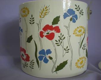 Ice Bucket, Flower Power Ice Bucket, Lucite Ice Bucket, Large Ice Bucket, Vintage Kitchen
