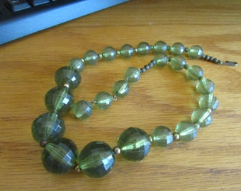 Moss beaded necklace