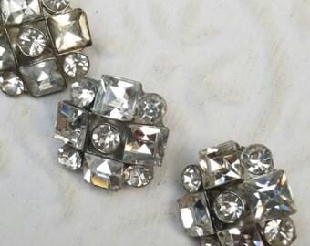 Vintage Buttons - 3 matching  flower design rhinestone embellished, antique silver finish metal (feb57 17)
