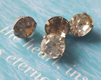 Vintage buttons 4 matching brilliant cut style, metal 3/8 inch rhinestone solitaire style, 1950's  (apr 302 17)