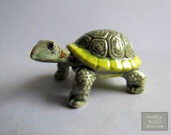 Turtle Ceramic Figurine,Turtle Figurine Collector,Porcelain Figurine,Turtle Porcelain Figurine,Turtle Animal Figurine,Turtle Miniatures