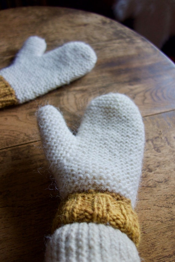 Easy Two Needles Mittens - Knitting Pattern from byEline ...