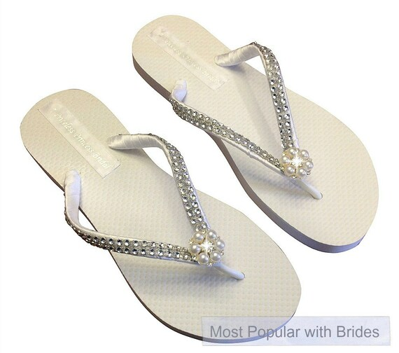 Bridal Flip Flops, Bridal FlipFlop, Wedding Flip Flops, Pearl Rhinestone Flip Flops, Bridesmaid, Beach Wedding - Bride Gift - Custom Colors