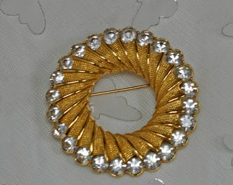 Vintage Pin Gold with Rhinestones