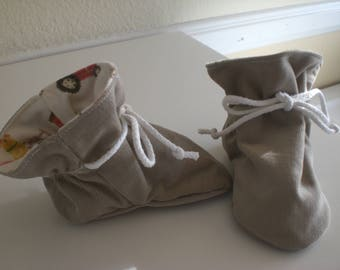Light Brown corduroy TV baby booties/soft sole shoes SIZE MEDIUM