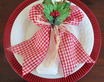 Napkin Ring - Country Holly with Red Berries and Raffia- Christmas - Holidays