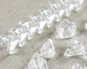 Czech Glass Bell Flower Beads-CRYSTAL CLEAR 6x8mm (25)