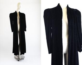Gorgeous Black Velvet Vintage Luxurious Strong Shoulder Open Front Woman's Retro Long Coat