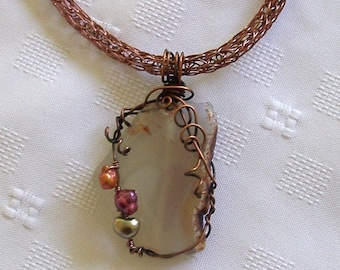 ON SALE Rough Cut Agate Pendant Wire Wrapped with Pearls by Carol Wilson of Je t'adorn