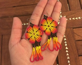 SUNBURST Vintage Handbeaded Flower Earrings Dangle Ethnic Hippie Indian Made Seed Bead