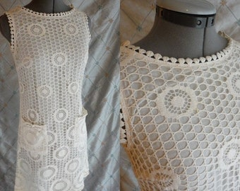 60s 70s Dress //  Vintage 60s 70s White Lace Mini Dress by Gay Gibson Size M 28 waist