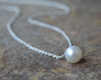 Simple Pearl Necklace Gold or Silver Chain