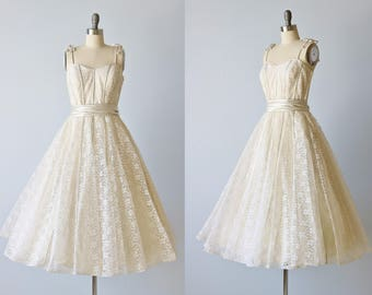 Vintage 1950s Lace Party Formal Dress / Cream and A Hint of Blue / Sabrina