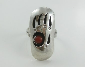 Size 7.5 Vintage Sterling Silver Bear Paw Red Coral Ring