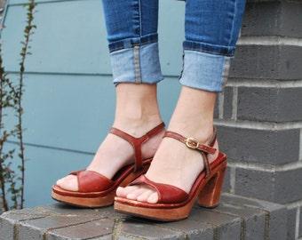 Vintage 70's Brown Wood Platform Heels