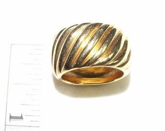 Gold Plate Swirl Band Ring Size 6-6.5 Mad Men Style Jewelry