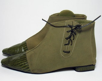 Vintage 1960s Olive Green Faux Suede Lizard Booties Lace Bloomingdales Sze 6/box
