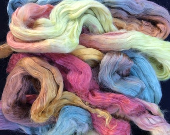 """Aprox. 2oz of Hand Painted Unbleached Soy Silk """"Vintage Gardens"""""""