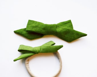 Evergreen linen Hand-tied Simple Fabric Bow Nylon Elastic or Alligator Clip