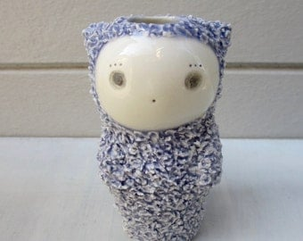 Shaggy Cat Vase