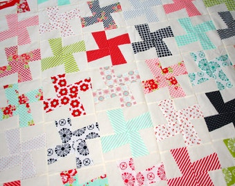 Closing Down Sale Quilt Top Vintage Retro Inspired Bonnie and Camille Quilt Top