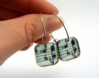 Music Note Earrings - Drop Earrings Music Note - Green Earrings - Plastic drop earrings - Music note jewellery - Perspex Jewellery