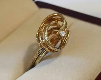 Vintage Solid 14k Yellow Gold Diamond Love Knot Ring Size 7 1/2 circa 1960