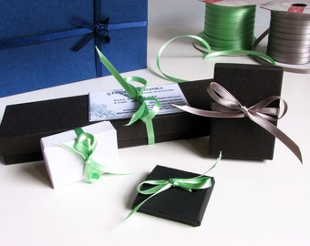 Gift wrapping, additional gift box for multiple items