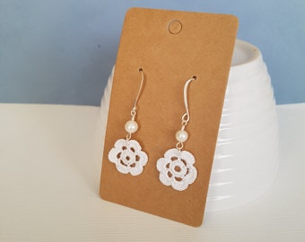 Tiny crochet flower dangle earrings, with freshwater pearl.
