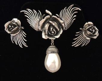Silver BOTTICELLI Earrings Set, Botticelli Pearl and Rose Earrings Set, Botticelli Floral Earrings Set , Botticelli Pearl Earrings Set